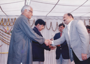 with-honble-defence-minister-shri-george-fernandes